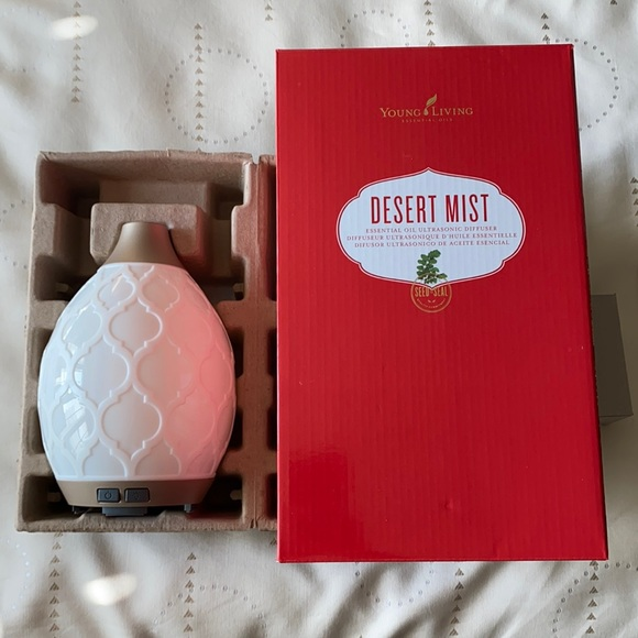 BRAND NEW Young Living Essential Oil Diffuser